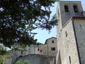 Torre Campanaria sotto il Borgo di Valle di Nera