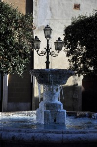 Fontana ghiacciata