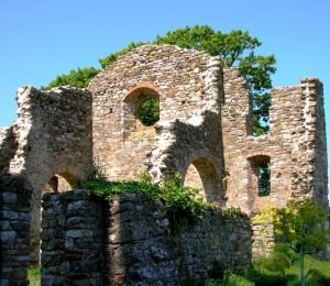 Isola Polvese - Monastero olivetano di San Secondo - rovine