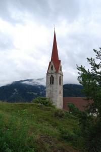 Scorcio campanile della Chiesa di Tiso (Val Senales)