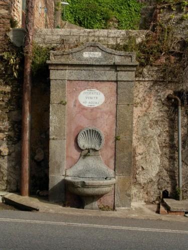 """Bagnara Calabra - """"Sitientes venite ad aquas"""" fontana del AD MDCCCI (1801) sita in Bagnara Calabra (RC)"""
