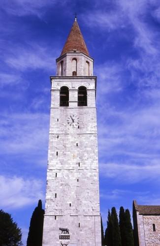 Aquileia - CAMPANILE CON LUPA