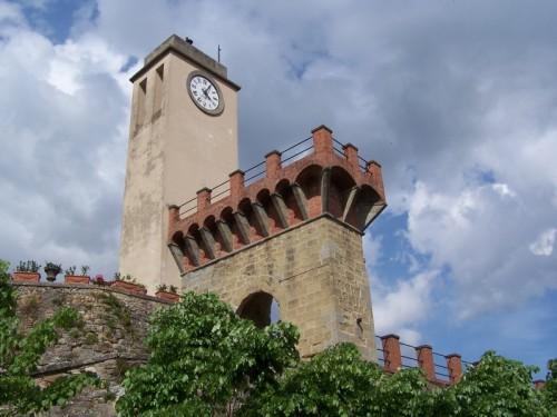 Monterchi - Particolare del campanile della chiesa di Monterchi