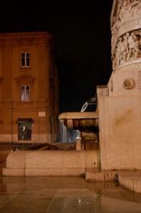 """Monumento ai caduti """"Il Lupo e la finestra""""2"""