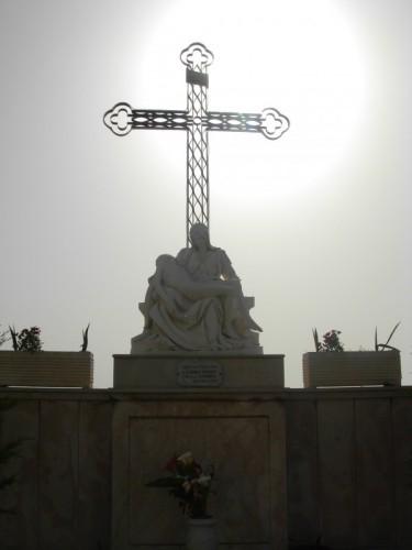 Bagnara Calabra - La Passione di N.S.: Altare votivo a Bagnara Calabra (RC)
