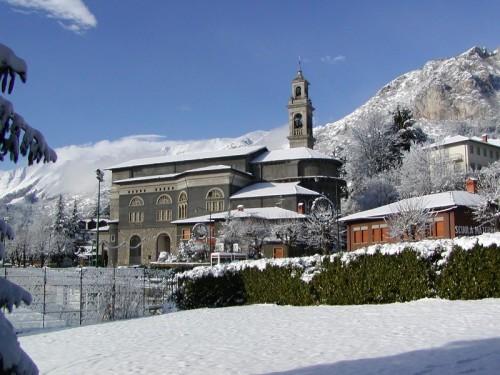 Castione della Presolana - Chiesa di Bratto sotto la neve