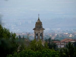 Il campanile e la vallata