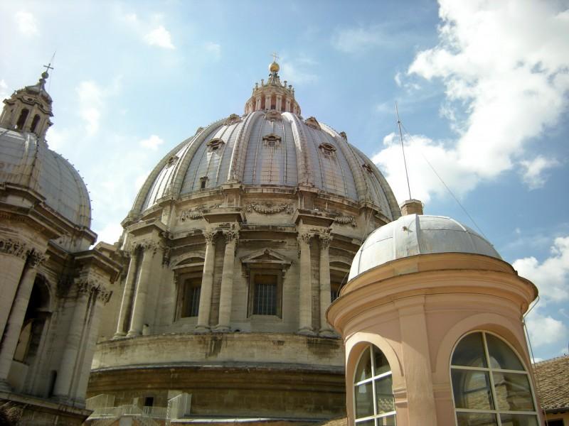 ''cupola chiesa s.pietro'' - Roma