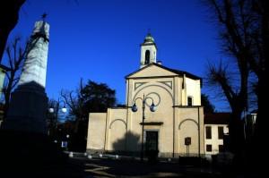 Il Monumento ai Caduti e il Santuario