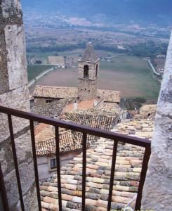 campanile tra i tetti
