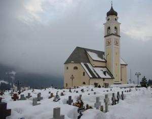 Chiesa e cimitero di Bedollo