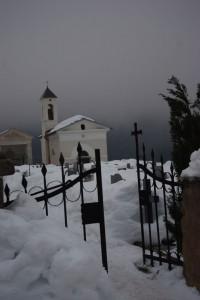 cancello del cimitero