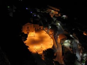"""Chiesa di S. Agostino-""""Una luce squarcia le tenebre"""""""