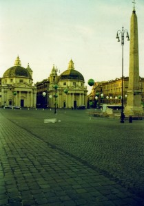Piazza del Popolo-Chiese gemelle