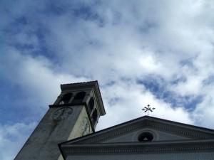 Guardando Lassù, dalla Chiesa di Qualso (frazione)
