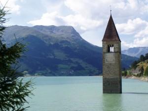 Il campanile sommerso nel Lago di Resia