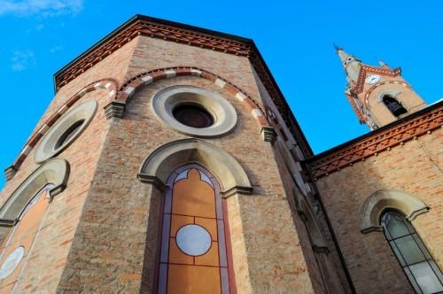 Antignano - Retro della chiesa
