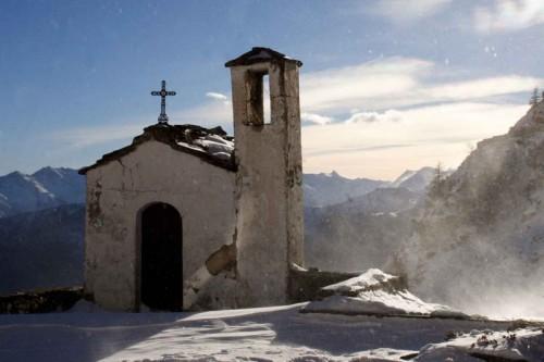 Rorà - Holy Snow
