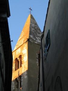 Il campanile della chiesa parrocchiale di S.Nicola a Capalbio
