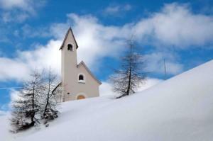 Chiesa al passo Gardena