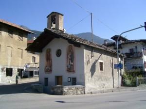 chiesetta soleggiata