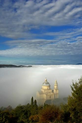 Montepulciano - San Biagio nel mare di nebbia