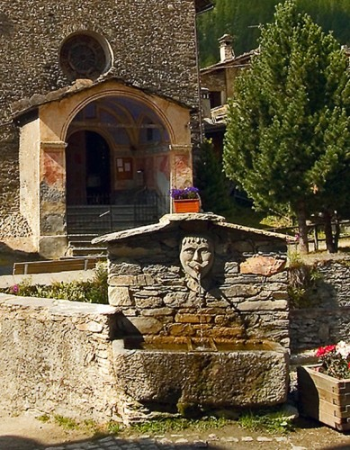 Pontechianale - Fontana a Chianale