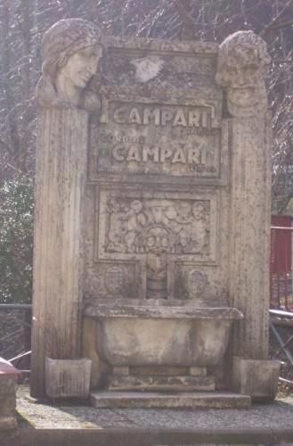 Pistoia - La fontana del Campari
