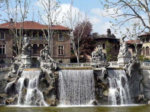 Torino - La Fontana dei Mesi - Parco del Valentino