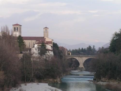 Cividale del Friuli - il duomo e il ponte del diavolo