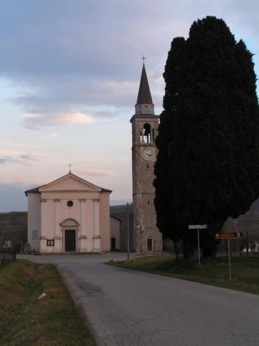 Capriva del Friuli - chiesetta di Spessa