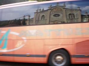 Autobus in corsa,