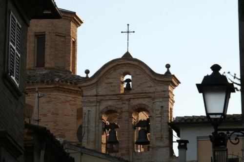 Tolentino - Campanile della chiesa Santa Maria Nuova
