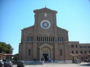 La basilica di Santa Teresa di Gesù Bambino