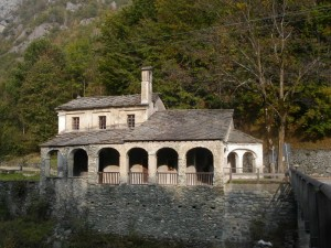 Lemie, Valle di Viù, santuario Madonna degli Olmetti
