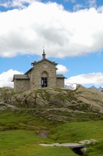 Chiesa in Valmalenco - Dove la pace regna