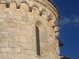 Particolare di una chiesa ad Alba fucens