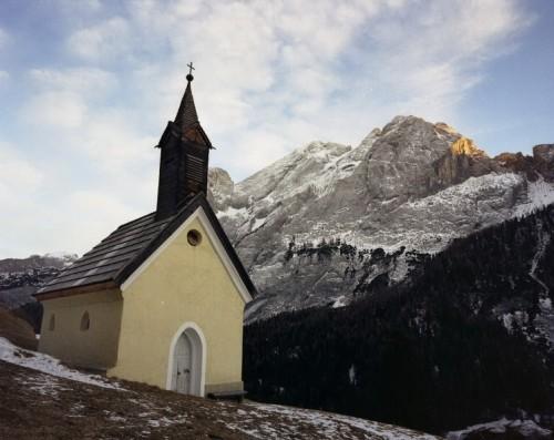 Campitello di Fassa - in mezzo alle montagne...
