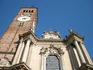 La facciata del Duomo.