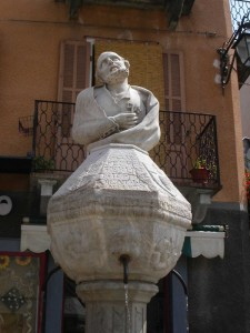 Limone Piemonte, fontana in pietra