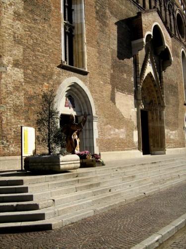 Udine - facciata della chiesa di udine