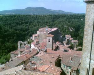 Il campanile del borgo di Sorano