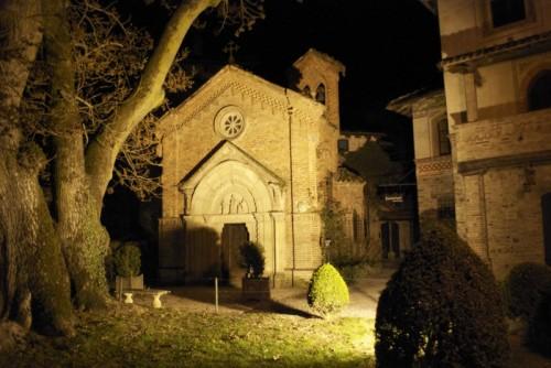 Vigolzone - La chiesetta gotica di Grazzano Visconti
