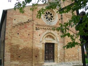 La bella chiesa romanica di S.Angelo