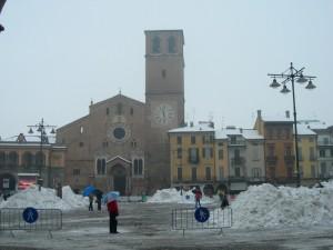 Piazza della Vittoria e il Duomo sotto la neve