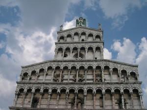 Lassù: chiesa di San Michele, Lucca