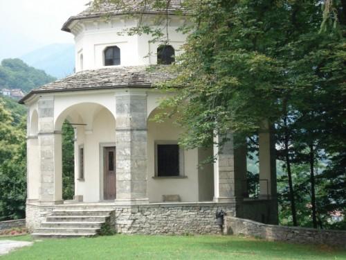 Domodossola - chiesetta al sacro monte calvario