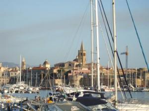 Panorama campanili e cupole della Chiese di Alghero
