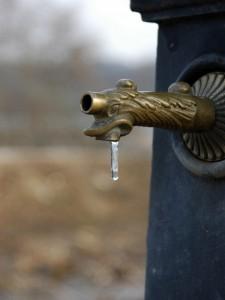 Brrrrrrrrrrr   piccola fontana (Lago di Fimon (Vi)