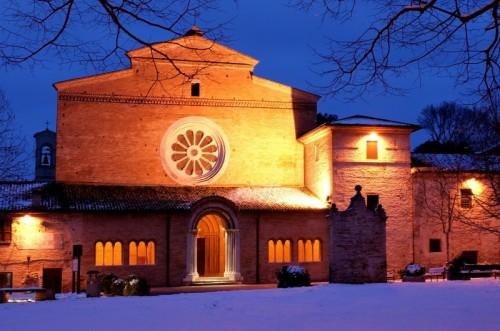 Tolentino - Abbazia Cistercense S.Maria di Chiaravalle di Fiastra